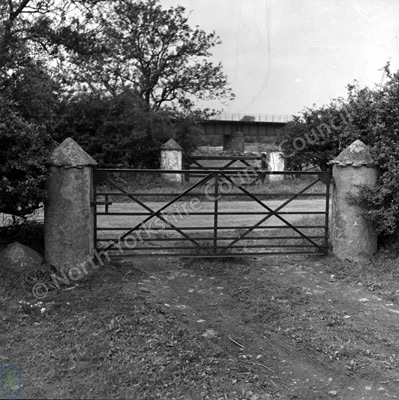 Musgrave, Gateposts
